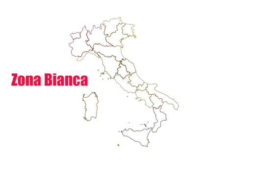 Zona bianca, Campania: assembramenti durante il weekend