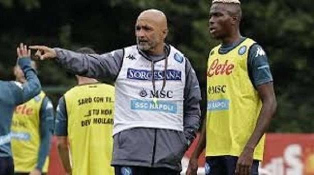 Napoli in ritiro a Dimaro con Spalletti grande protagonista: rinnovo per Di Lorenzo e ufficializzato lo staff del tecnico