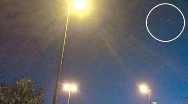 Napoli: avvistato presunto UFO nei cieli della città