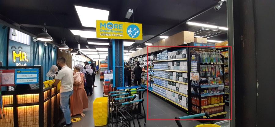 season & promotion display-types of displays in retail