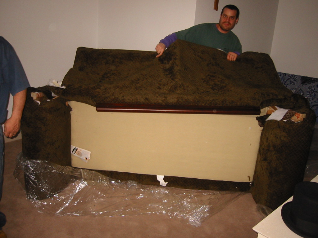 Sofa dismantle and reassemble london refil sofa for Furniture that can be disassembled
