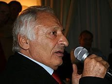 Premio Mogol 2009: vince Povia e Luxuria s'infuria