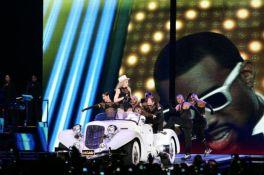 Le foto di Madonna durante lo Sticky and Sweet tour di Milano -10