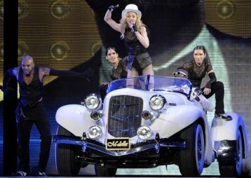 Le foto di Madonna durante lo Sticky and Sweet tour di Milano - 5