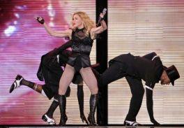 Le foto di Madonna durante lo Sticky and Sweet tour di Milano - 9
