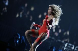 Beyoncé 5