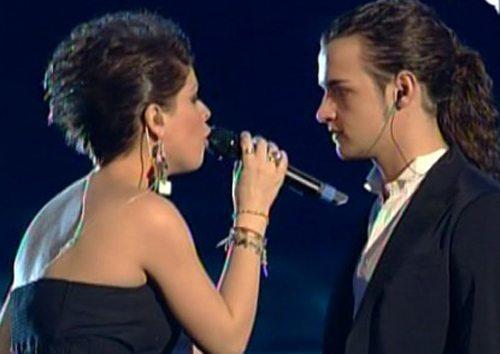 Sanremo 2011: la Amoroso duetta con Scanu, Marrone voce dei Modà