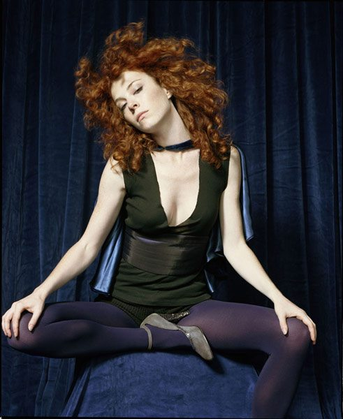 "Melissa Auf der Maur: Il video di ""Meet Me On The Dark side"""