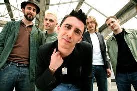 Modà ancora al numero uno della Fimi, debuttano i Green Day