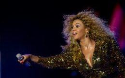 Beyoncé coinvolge il pubblico