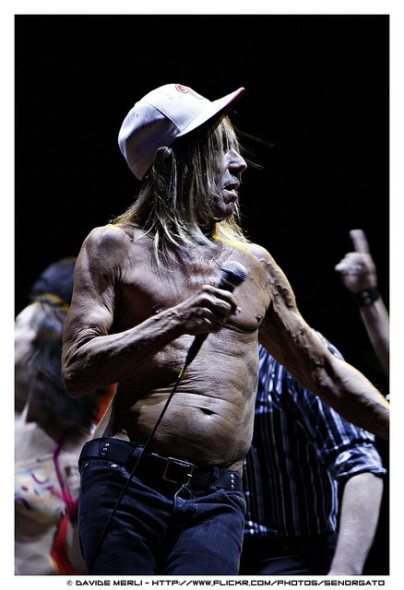 Iggy Pop con cappello