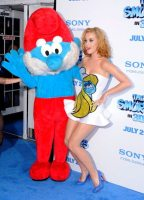 Katy Perry e Grande Puffo