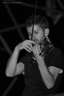 Rodrigo D'Erasmo con il violino
