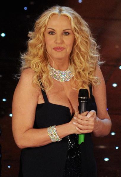 Sanremo 2012: no ad Antonella Clerici, possibile ritorno di Morandi