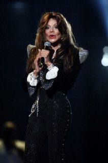 La Toya Jackson sul palco di Cardiff | © Dave J Hogan/Getty Images