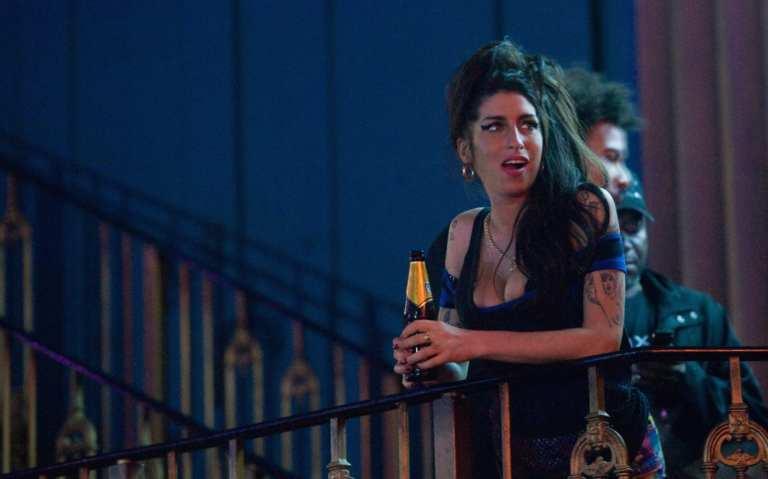 "Amy Winehouse raccontata da Nas, insieme per ""Like Smoke"""