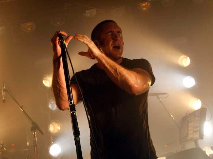 Trent Reznor torna alle etichette discografiche ispirato dal modello Radiohead