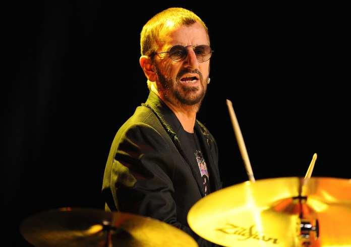 """Ringo Starr: """"Ringo 2012"""" è il nuovo album, tracklist"""