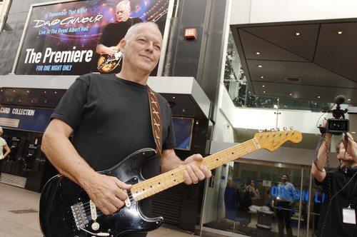 """David Gilmour, """"Rattle That Lock"""" il titolo del nuovo album"""