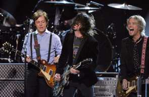 Dave Grohl e Paul McCartney | © Kevin Winter / Getty Images