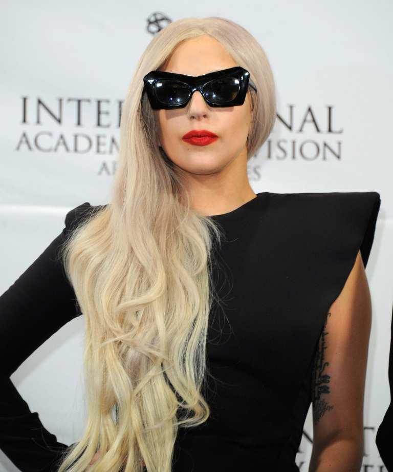 Lady Gaga, annullato concerto a Giacarta per proteste degli islamici