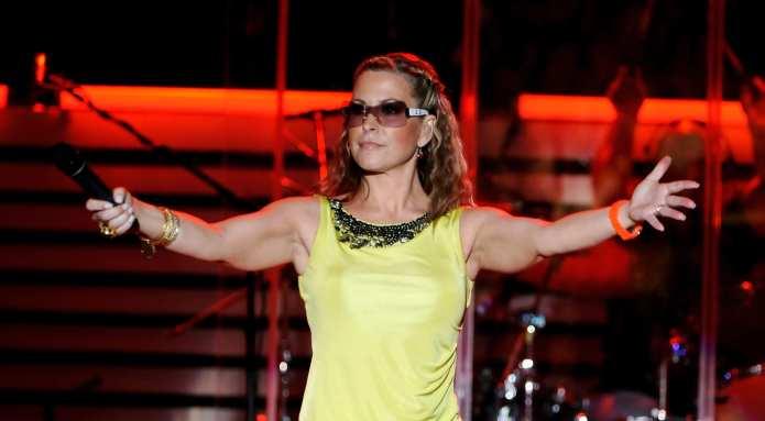Anastacia annulla il concerto di Bologna per paura del terremoto