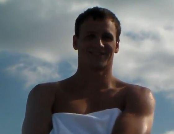 """Gli atleti di nuoto USA contagiati dal tormentone """"Call Me Maybe"""""""