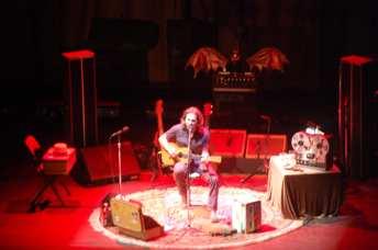 Eddie Vedder Europe Solo Tour HMV Hammersmith Apollo - Londra - Ph Angelo Moraca