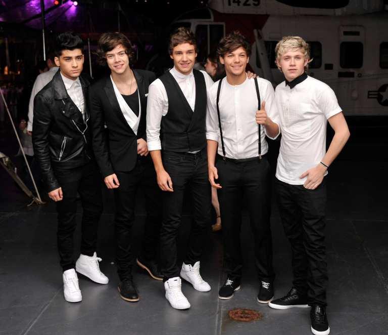 """One Direction, doppia versione per """"Take Me Home"""""""
