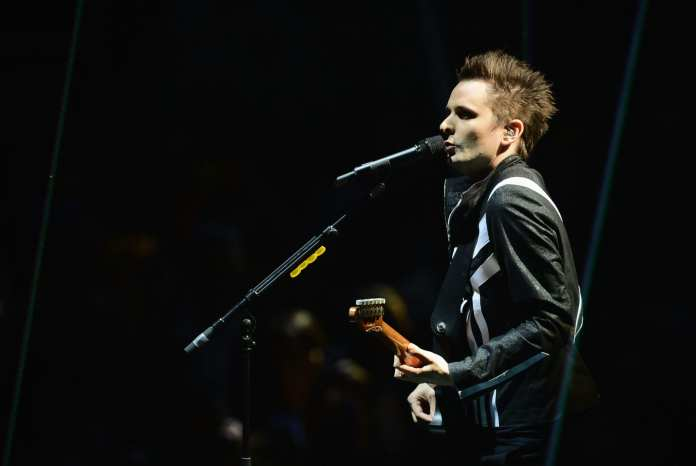 "Muse live con ""Madness"" e ""Follow Me"" a ""Che Tempo Che Fa"". Video"