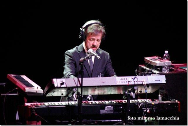 Elio e le Storie Tese, Rocco Tanica abbandona l'attività live