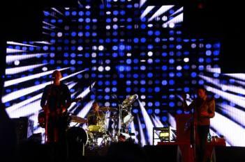 Billy Corgan, Mike Byrne e Jeff Schroeder - Smashing Pumpkins - Rock In Rom