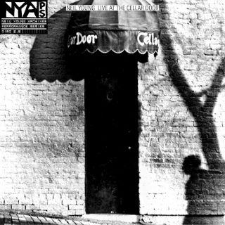 """""""Live at the Cellar Door"""" di Neil Young nei negozi di dischi"""