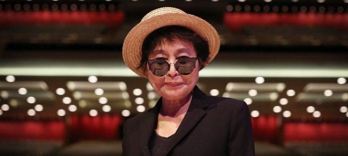 """Dopo 40 anni è pace tra Yoko Ono e McCartney: """"Grazie, Paul"""""""