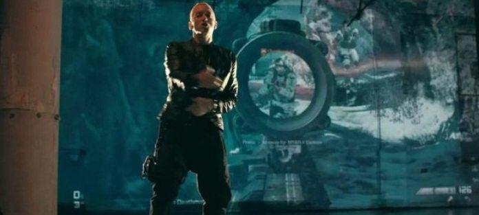 """Eminem, online il video di """"Survival"""""""