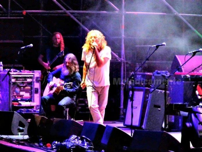 "Robert Plant, ""Napoli rocks"" all'Arena Flegrea"