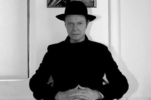 """David Bowie: """"Blackstar"""" in arrivo l'8 gennaio"""