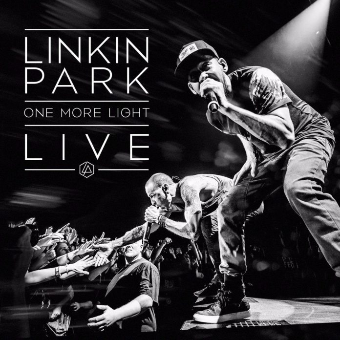 """Linkin Park, esce il disco live """"One more light"""" in memoria di Chester Bennington"""