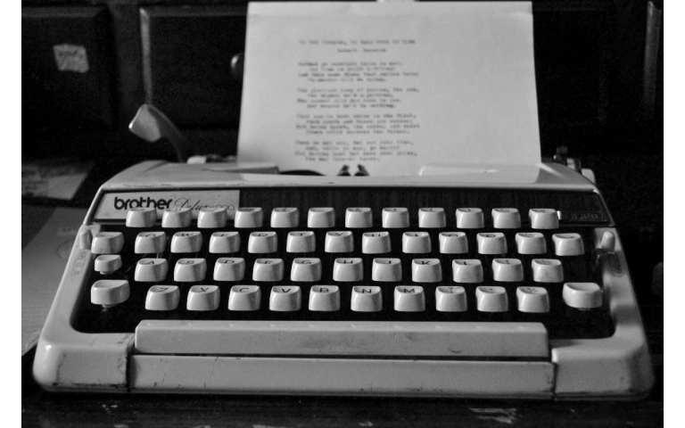 Sono solo canzonette: E-Bow the letter – R.E.M.