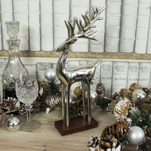 Silver Reindeer Stand - Melody Maison
