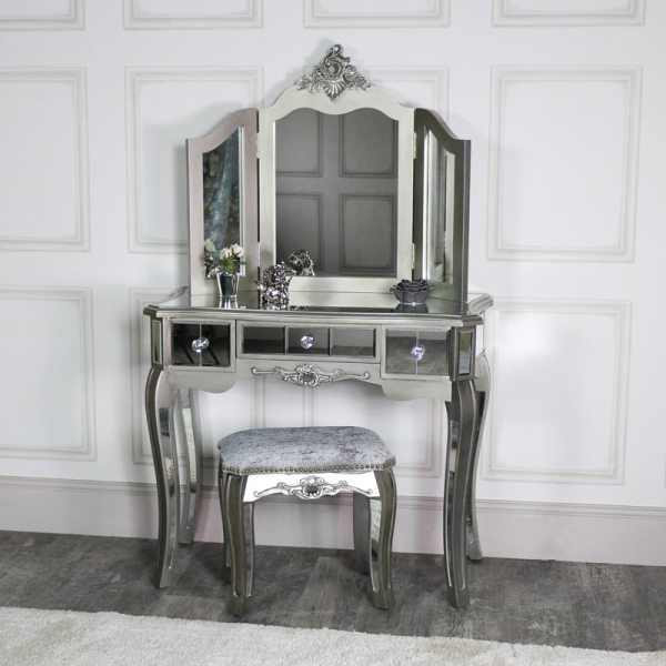 Mirrored 3 Drawer Dressing Table Stool And Mirror Bedroom