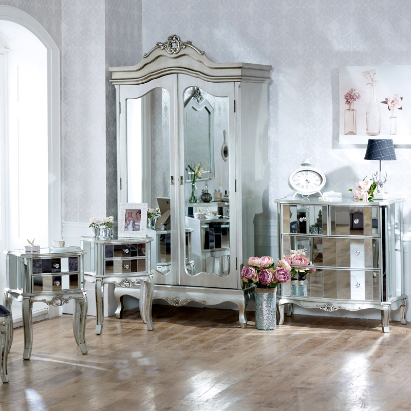 Furniture Bundle Mirrored Double Wardrobe Chest of Drawers and Pair of Bedside Chests