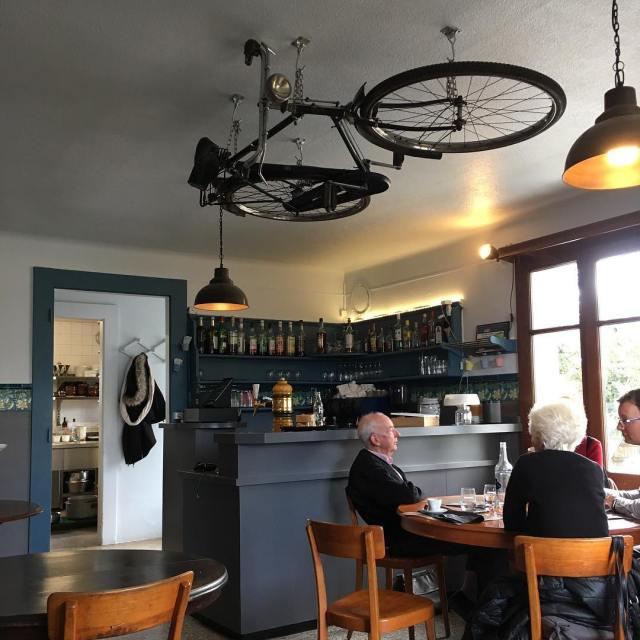 Se rgaler ici simplelifestyle vintage switzerland decoration restaurant igersswitzerland oldschoolcafe