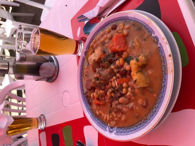 Cachupa rica, el plato más típico de Cabo Verde