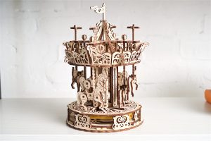 Ugears-Carousel-Mechanical-model-kit