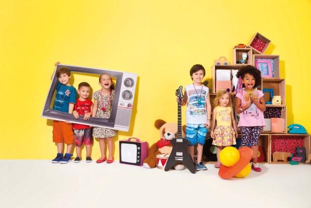 Coleção da Fakini relembra brincadeiras da infância dos pais. Imagem: Actonove Fashion Photography