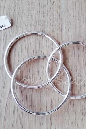 interlocking silver bangle
