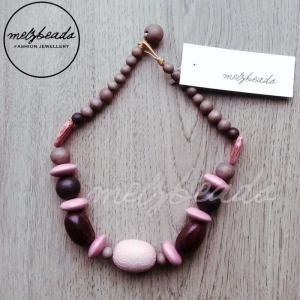 Pink Brown Short Wooden Bead Necklace