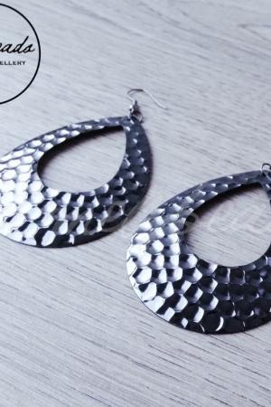 Metallic Grey Beaten Teardrop Earrings