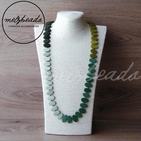long green shade wooden necklace